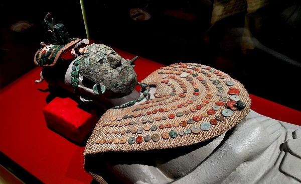 Cultura maya. Alimentación y vestimenta