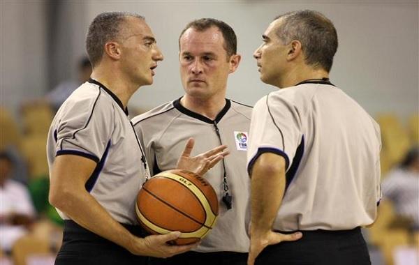 Arbitraje en básquetbol
